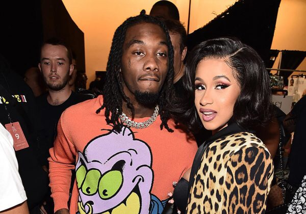 Video of Cardi B performing and saying Fuck OffSet with her Middle Finger aimed at him