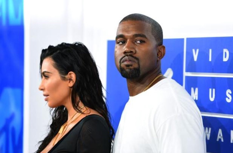 News: Kanye West & Kim Kardashian Expecting A Son Via Surrogate