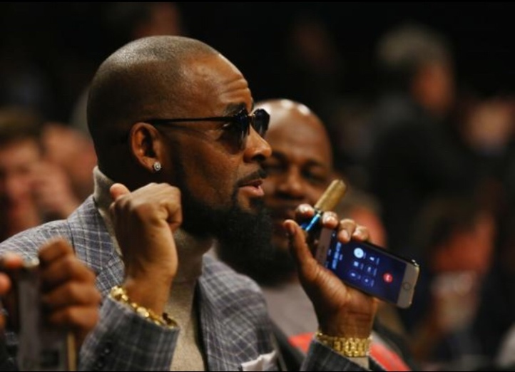 News: R. Kelly's Brother Defends Preference For