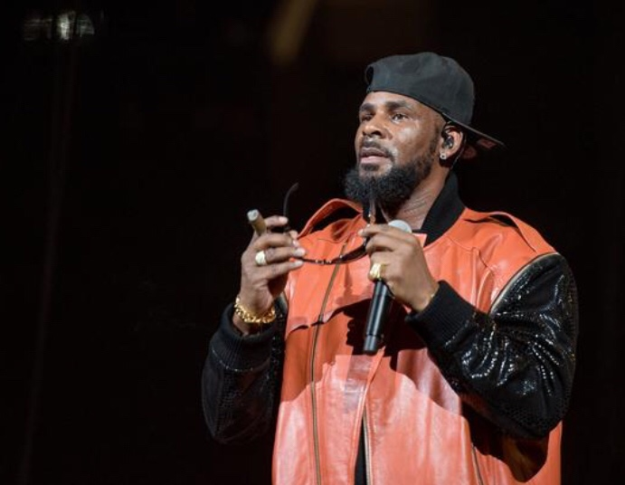 News: R. Kelly's Alleged Victims Tell Chicago Prosecutor They Have Irrefutable Evidence
