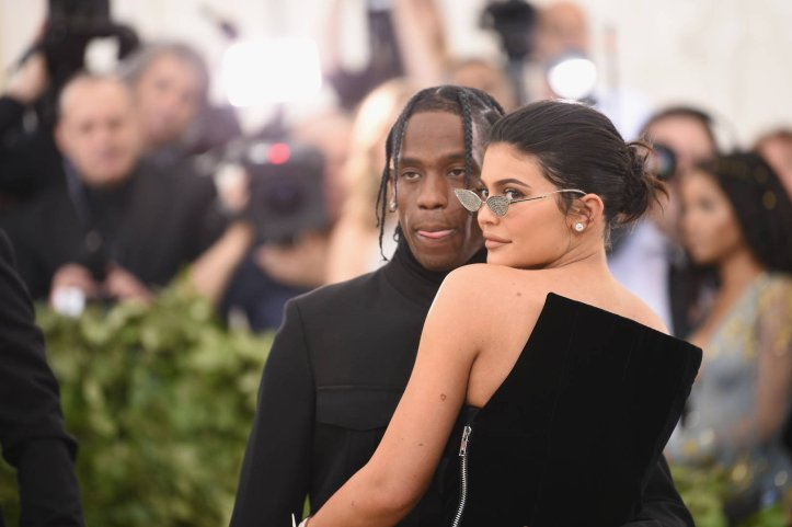 News: Kylie Jenner Previews New Travis Scott While Flaunting Kybrows