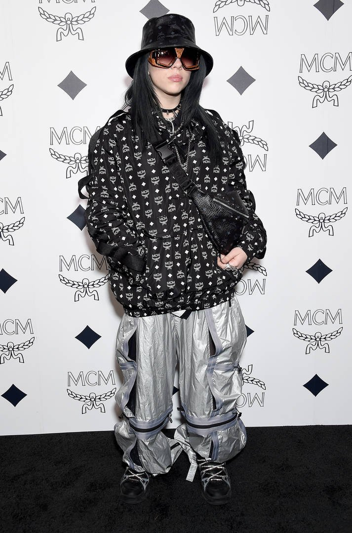 News: Billie Eilish Reveals Why She Wears Baggy Clothes In New Calvin Klein Ad