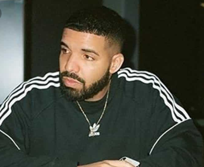 News: Drake & Megan Thee Stallion Hug It Out In Friends In Vegas
